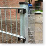 Zaunpfosten 60/40 mm für Doppelstabmatten mit Kunststoffhaltern, verzinkt